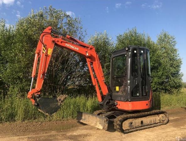 services of the caterpillar excavator Hitachi ZX30