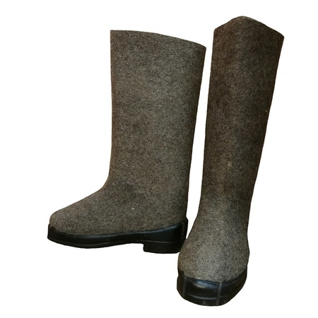 Rubber-soled Felt Boots for protection against elevated temperatures