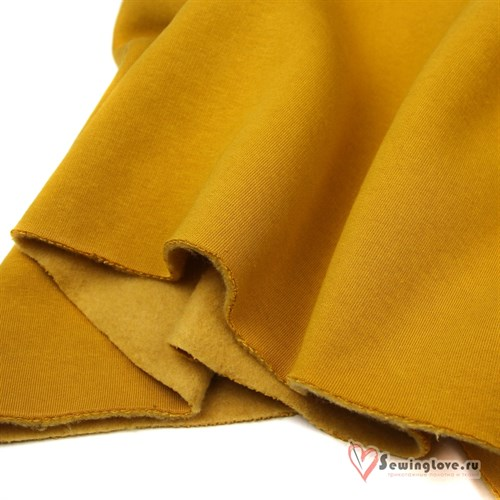 <p>I want to buy a 3-thread footer fabric with a pile quality. Width 1.80 Color Lavender, mustard, burgundy, niagara. I will consider options from your availability.</p>