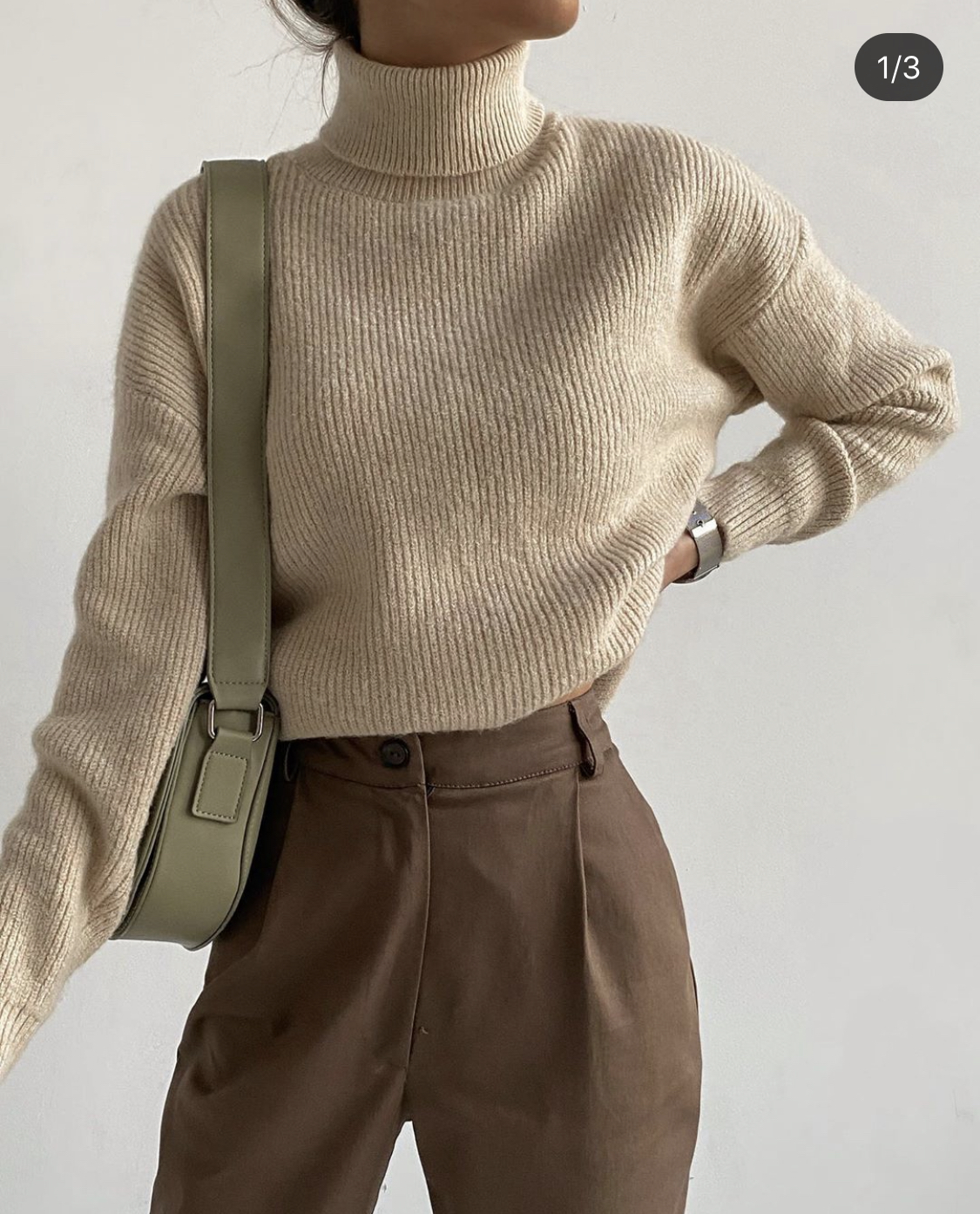 <p>Women&#39;s sweaters, cardigans, hoodies, sweatshirts, shirts, T-shirts, turtlenecks, knitted dresses, jumpers, mom jeans, boyfriend jeans, straight cut jeans, suits with joggers, tops, T-shirts, belts, shorts, chiffon dresses, summer dresses, trench coats, sheepskin coats, leather jackets, raincoats, bombers, jackets WANTED. Colors for all clothes: beige, brown, blue, white, black, sand, coffee, light green. Approximate volumes - goods worth within 800 USD</p>  <p>&nbsp;</p>  <p><em>(translated from russian)</em></p>
