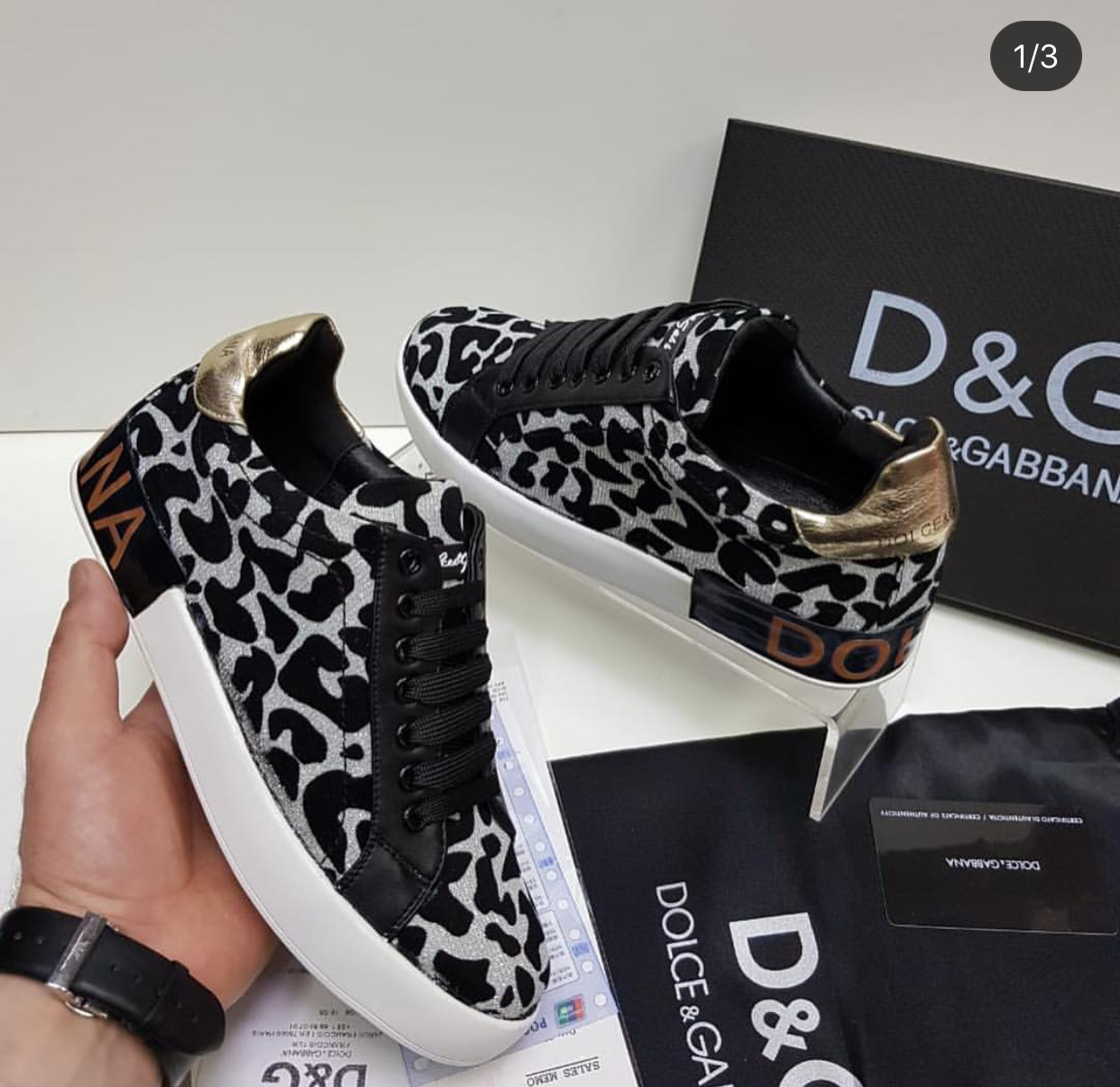 For the online store, I need wholesale brand shoes and clothes, replicas with good quality as Chanel, DG, Gucci, etc.