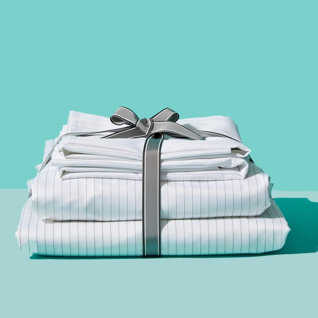 <p>I am looking for suppliers of home textiles (bed linen, blankets, blankets, pillows, etc.) to Kazakhstan at wholesale prices. I am open to offers to provide your products in the Kazakhstan market. Purchase volume $ 500 to start</p>