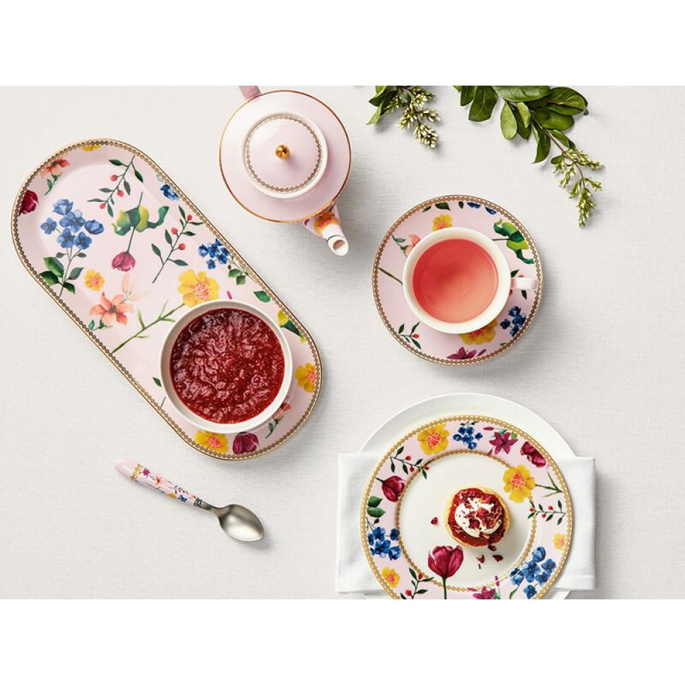 I am looking for wholesale suppliers of exclusive serving utensils of world brands by Maxwell & Whilliams, Easy Life, Christopher Vine, Jilia Vysotskaya...