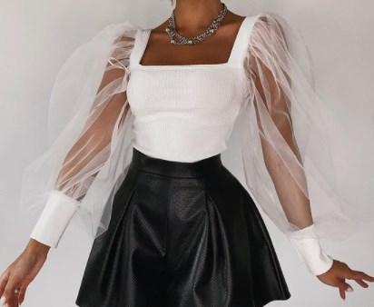 <p>Добрый день!</p>  <p>Ищу производителя женской одежды (платья, костюмы, комбинезоны)<br /> Рассматриваю производителей из Киргизии и России.<br /> Требуется отшить образец платья по эскизу и фото, а так же первую партию на тест (80-100 шт)</p>  <p><br /> &nbsp;</p>
