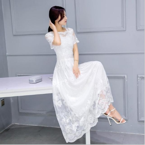 <p>It is necessary to sew dresses, photos are attached below.</p>  <p>Sizes 42-48</p>  <p>Fabrics are agreed separately for each dress.</p>  <p>Purchase volume: 2-3 times a month $ 15,000</p>  <p>&nbsp;</p>  <p><em>(translated from russian)</em></p>